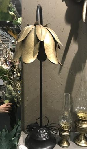 Bordslampa Näckros